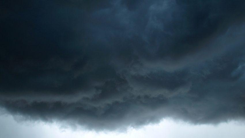 Figure 6: Roiling clouds above Belleville, KS